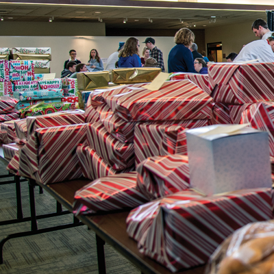 Pittsburgh Technical College students help local families